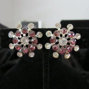 VINTAGE EUC screwback Rhinestone earrings